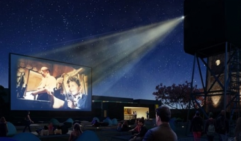 Cinema Cielo: movies planning under the stars