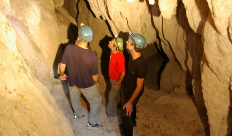 Escursioni in grotta: la Cascata delle Marmore ed i suoi segreti sotterranei
