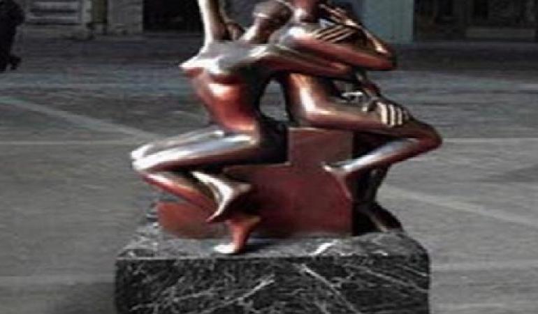 Scultura di Mark Kostabi: inaugurazione