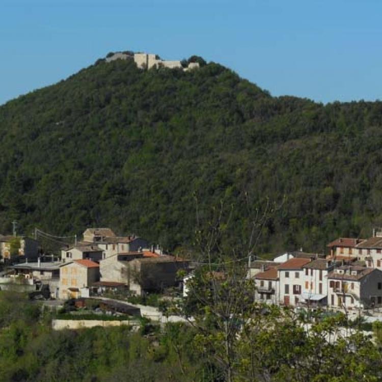 The villages of Battiferro e Cecalocco