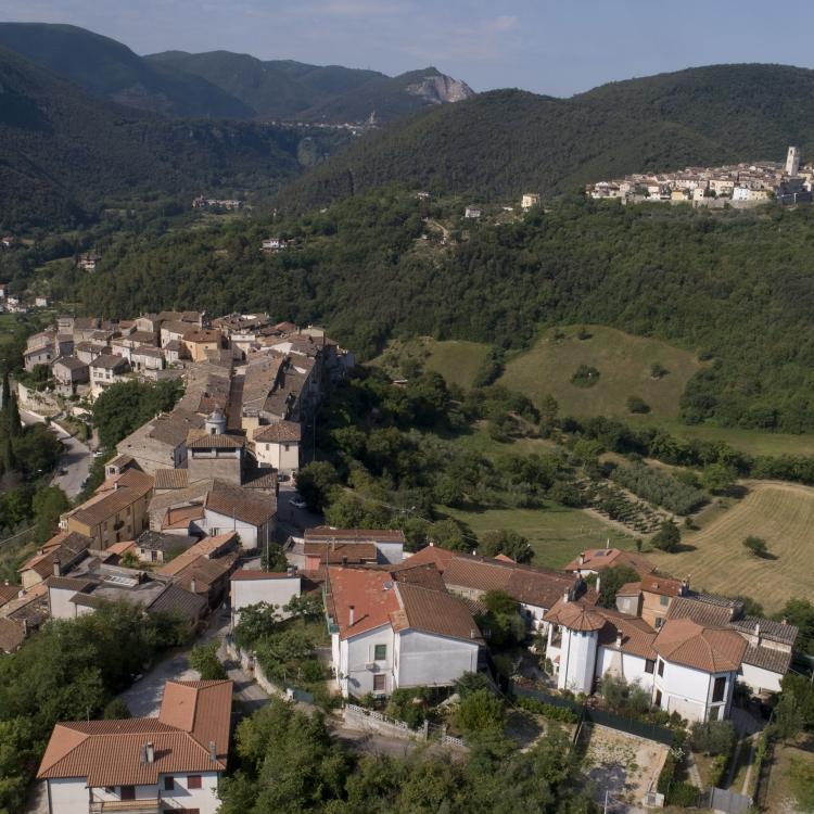 Il borgo di Torre Orsina