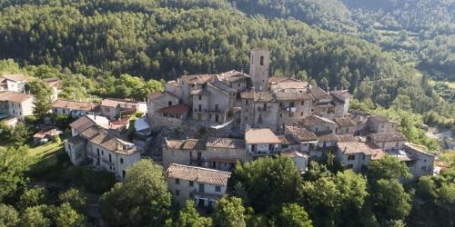 The village of Poggio Lavarino